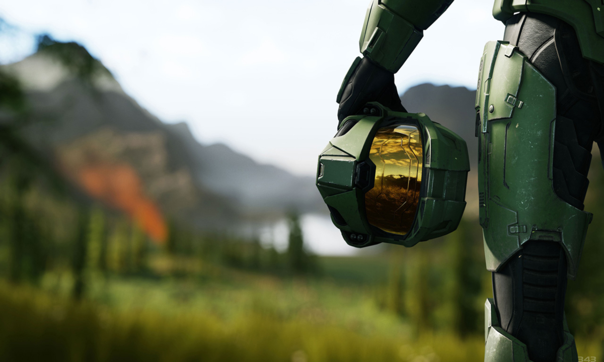 Master Chief Holding Helmet, Halo Infinite